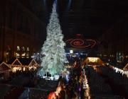 05_Swarovski_Weihnachtsbaum